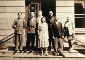 Ingrid von Reyher im Kreise der Mittweidaer Lehrer auf einer Fachtagung in Gotha, 1951